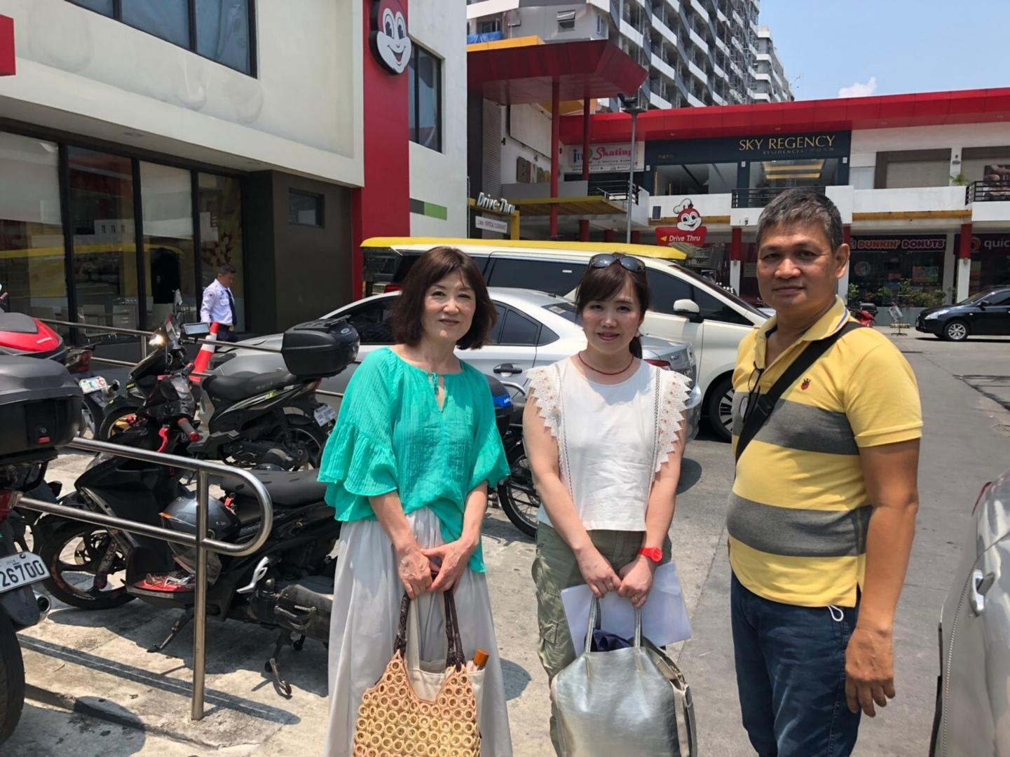 今回、韓流スターのファンミ参加のため、初めてフィリピンを訪れました。時間を有効に使うため、ツアーに参加しましたが、知らなかったフィリピンの歴史を知ることができました。、 ガイドさんのお話から、いろんなお話を聞き、大変勉強になりました。 ガイドさんの日本語が時々わからないところもありましたが、有意義な時間を過ごすことができました。また、フィリピンにいきたいです。