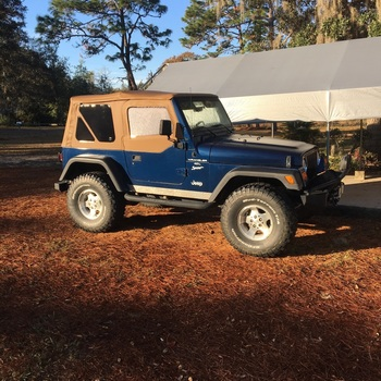 Jeep Wrangler TJ Replacement Soft Top (97 06   Half Steel Doors) Keep