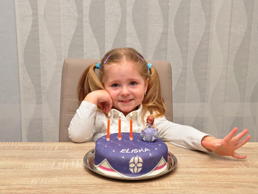 Prinzessinnen Torten Online Bestellen Deinetorte De