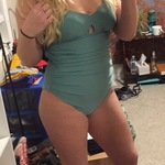 c9df49432fbce On Green Grass Solid One-piece Swimsuit