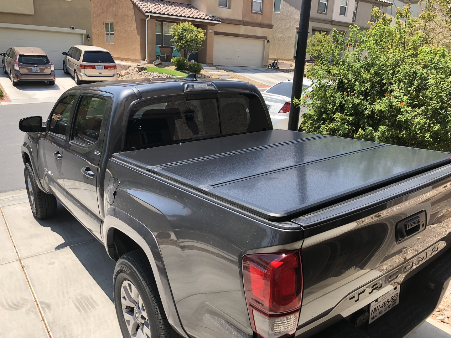 Toyota Hard Tri Fold Bed Cover 16 20 Tacoma 5 Bed W Cargo Mgmt