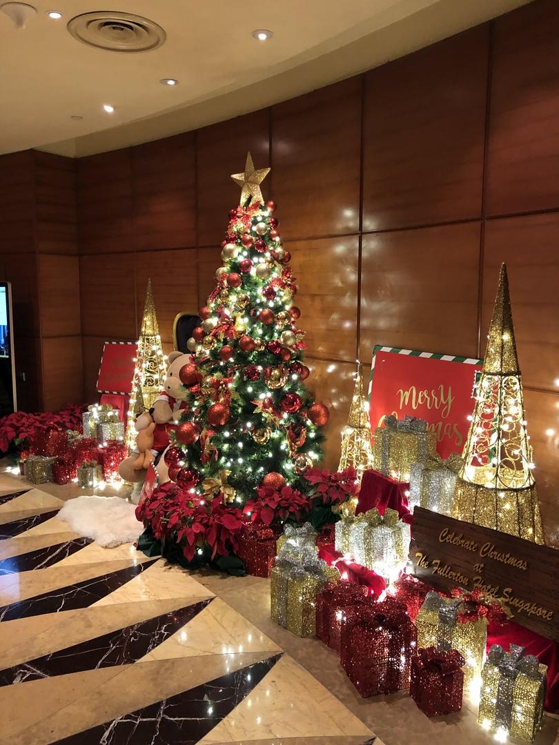 5つ星ホテル・フラトンでのアフタヌーンティ、紅茶、お菓子、おもてなしと全てに行き届いており、至福に時間を過ごせました!非日常を味わうにはもってこいかと!また、参加したいと思います!