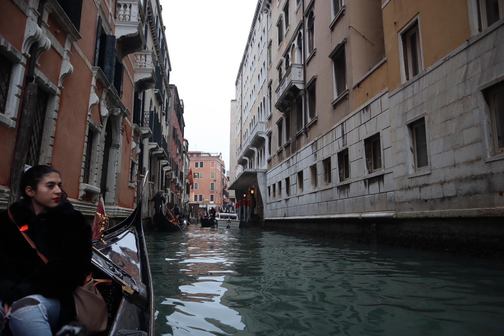 12月末の参加で寒さが不安でしたが、大阪の寒さとそれほど変わらず、ヴェネチアの美しい景色を楽しむことができました!