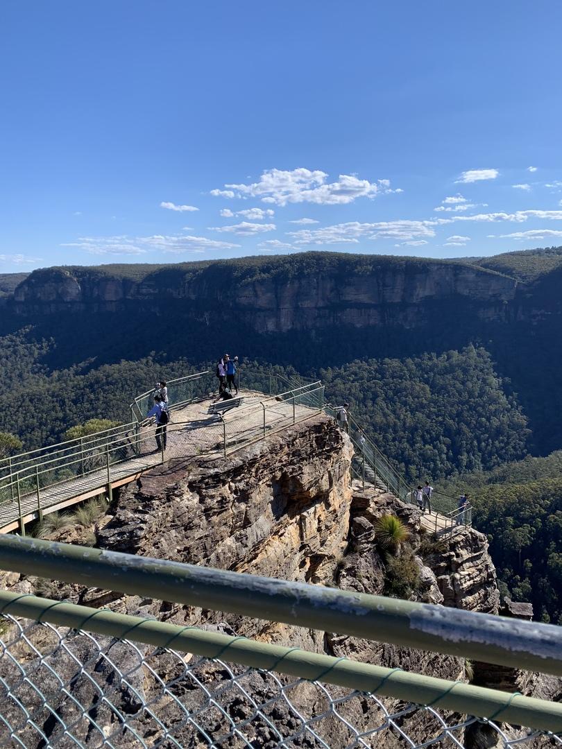 鍾乳洞の中はミステリアスな雰囲気で、展望台からの景色も最高❗️ガイドさんの話も楽しかったです⁉️最後の展望台は少し歩くので疲れましたが、雄大な自然がさすがオーストラリアでした‼️