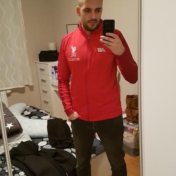 7ca1dc6ae0fd LFC Mens Red Training Presentation Jacket 18 19 Great item