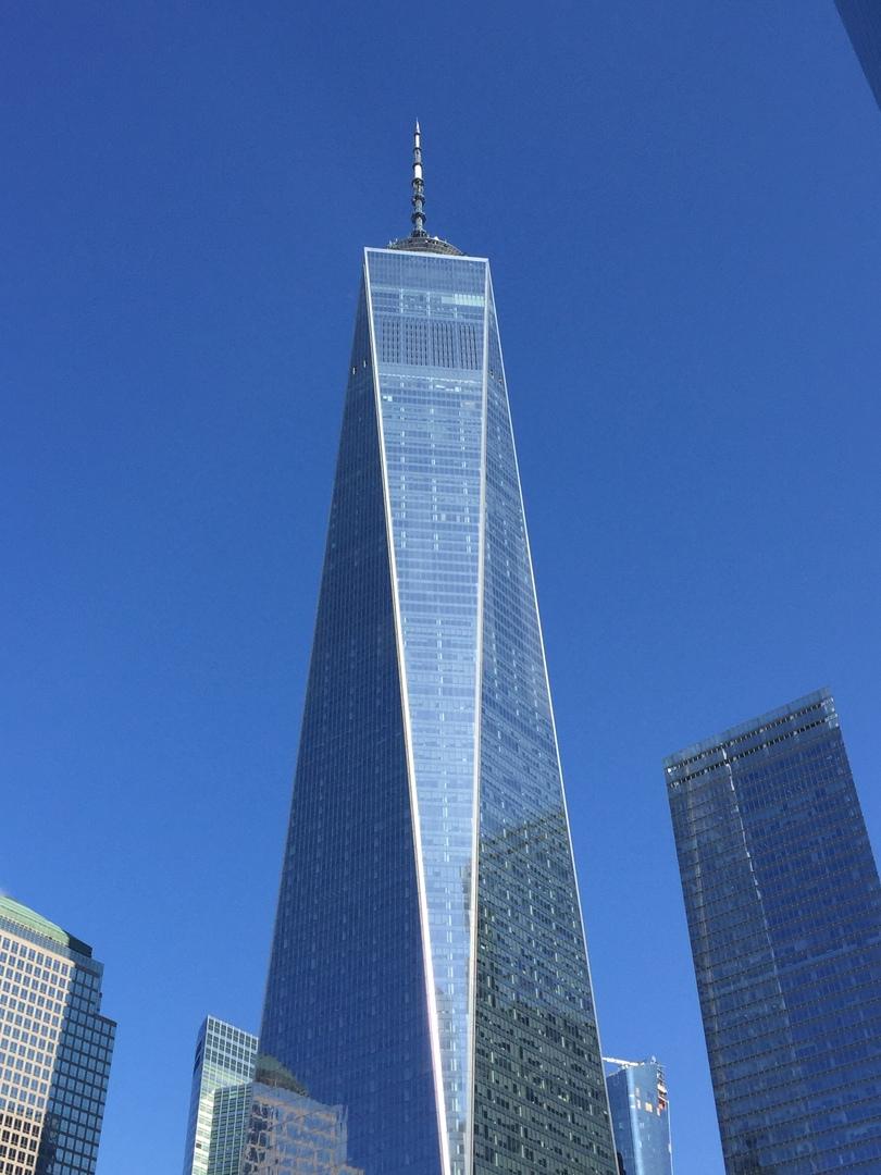 ツアー当日は、天気も良くガイドさんも丁寧な説明でニューヨーク観光が出来ました。 ニューヨークの歴史も詳しく説明して頂き理解出来ました。