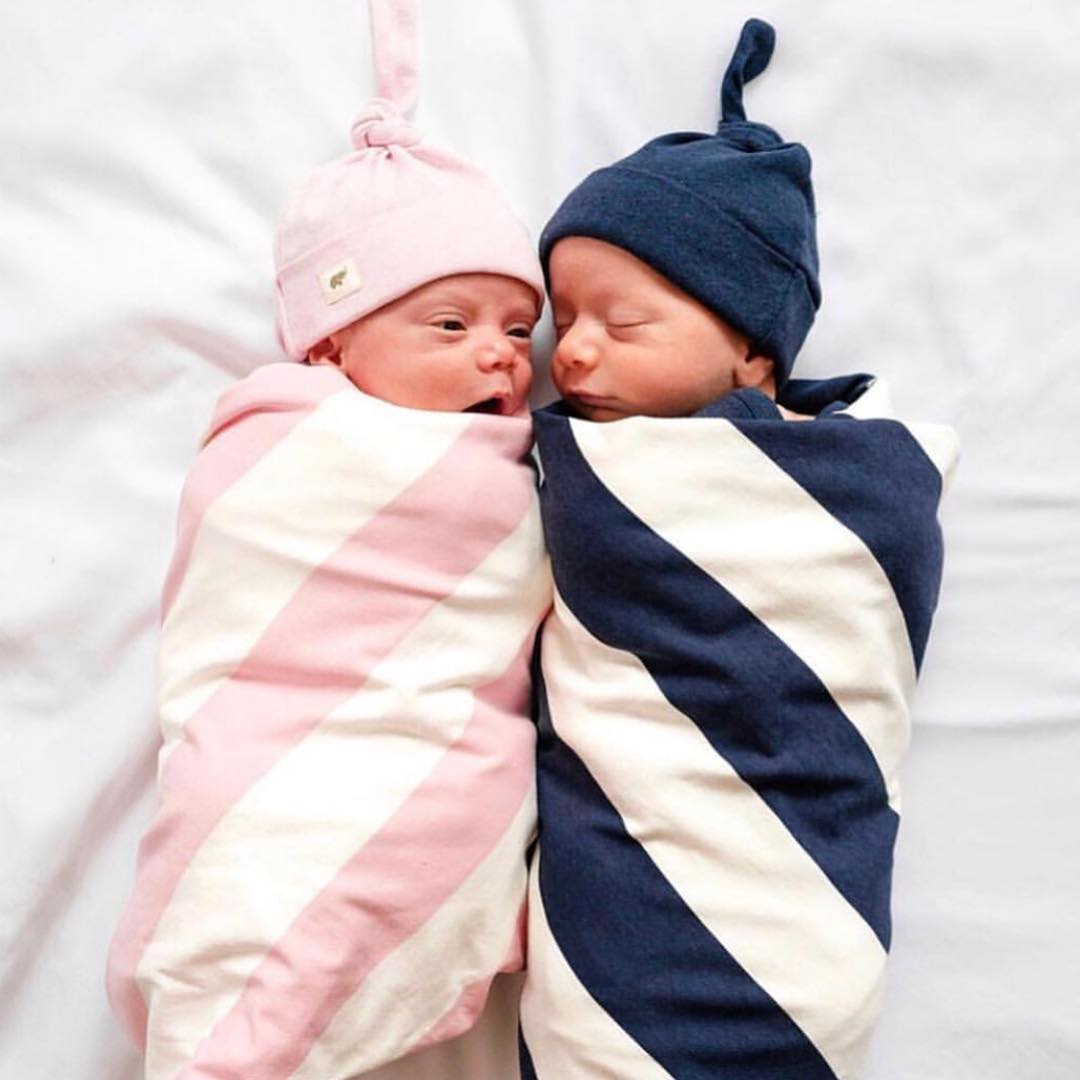 562015b247 Who is ready for some Sunday night snuggles 😴 💤  ! These two cuties are