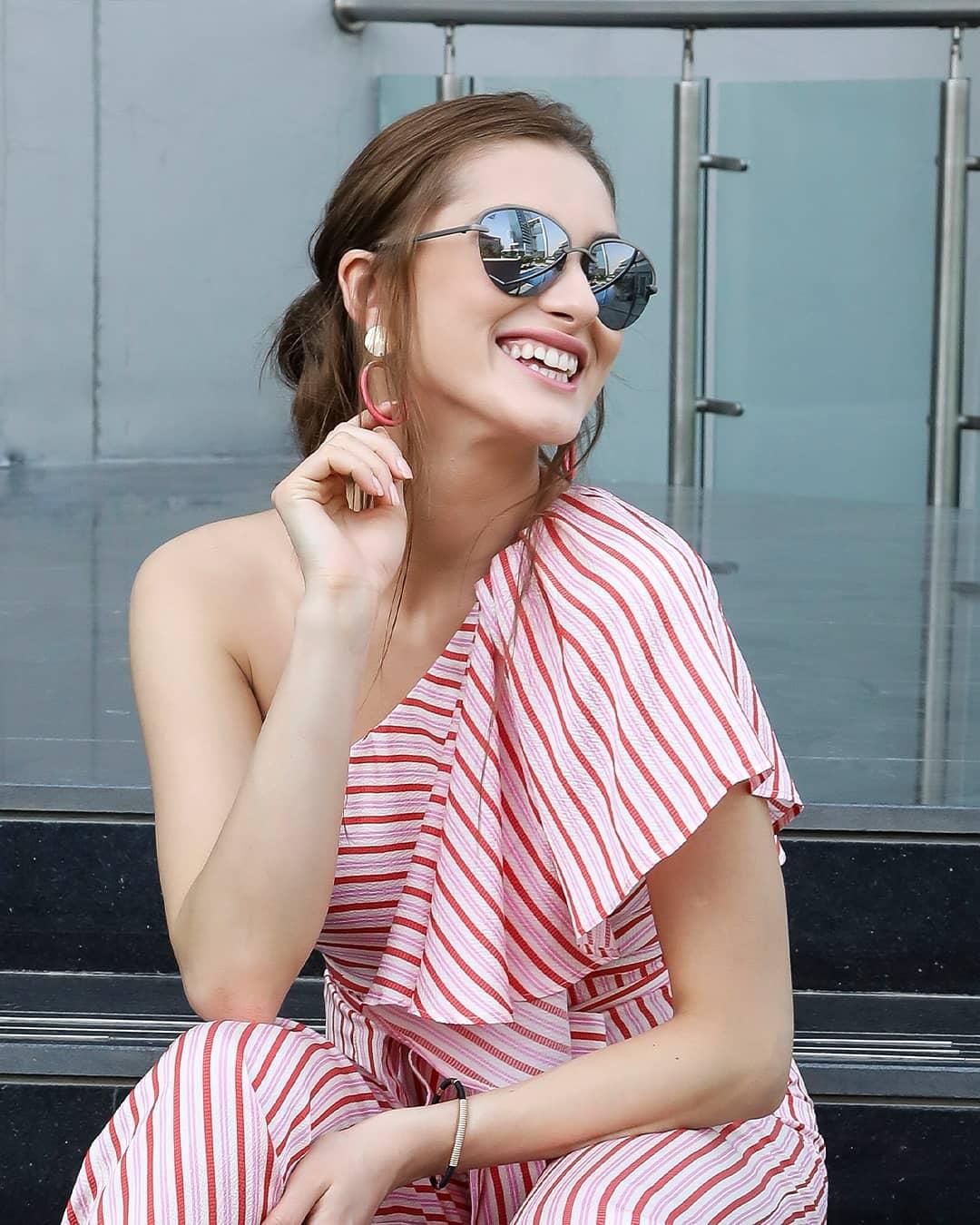 b3417521925a Lenskart.com® - Sunglasses, Contact Lens, Eyeglasses, Frames, Buy 1 ...