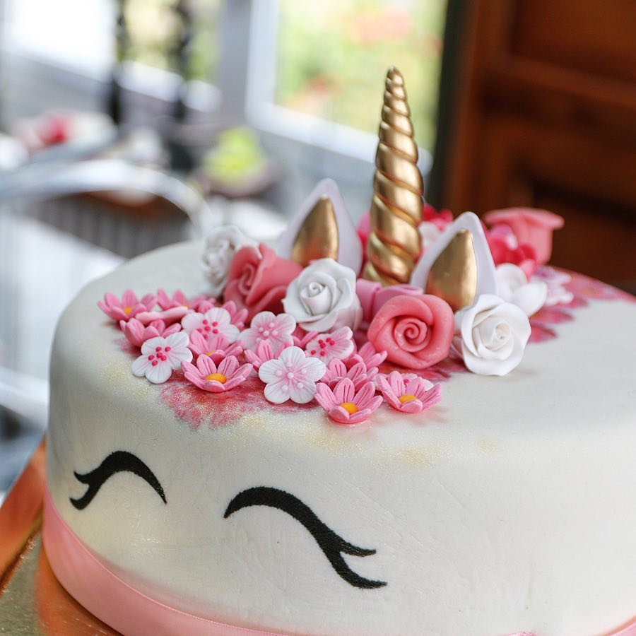 Gâteau Licorne Enchantée Votregateaufr
