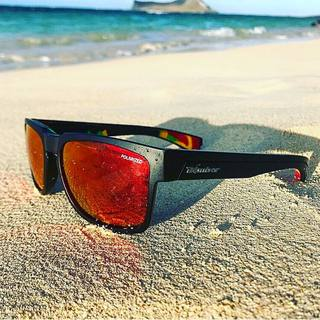 8fb55b5c767 Sunday Afternoon strolls by the beach with the  SmartBombs Red Mirror  Polarized Lens and Rasta