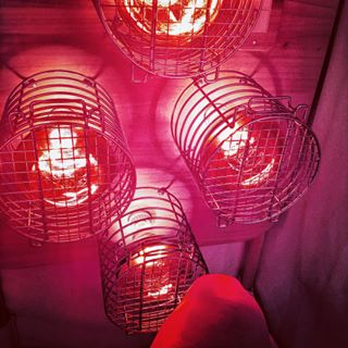 Incandescent near infrared pocket sauna saunaspace sunday is self care day im hanging in my near infrared sauna for solutioingenieria Gallery