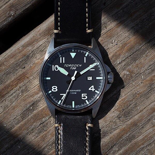 8821e47ea43 Forever Classic  Torgoen Automatic T38✈  torgoen. Torgoen Automatic T38 - a must  have for every watch lover  Sleek design inspired by