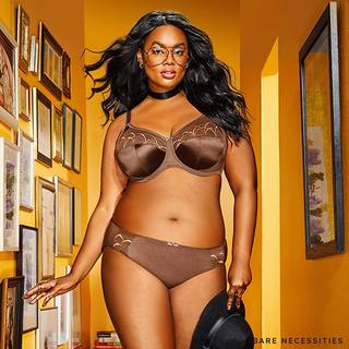 4319a20e7d4 Plus-size model  preciousleexoxo and other  CurvesDay advocates promote