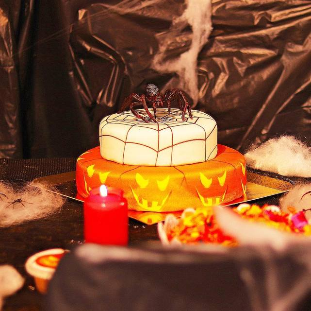 Halloween Torte Deinetorte De