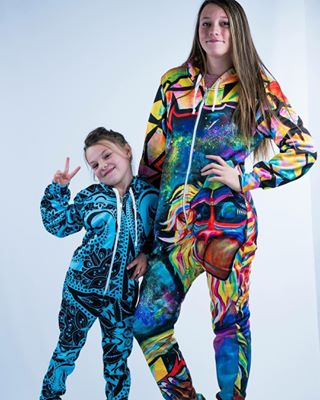 d8da21474a9f SLIDE DOWN THE STAIRS AND LOOK AWESOME AT THE SAME TIME 🔥🔥🔥 ONESIES NOW