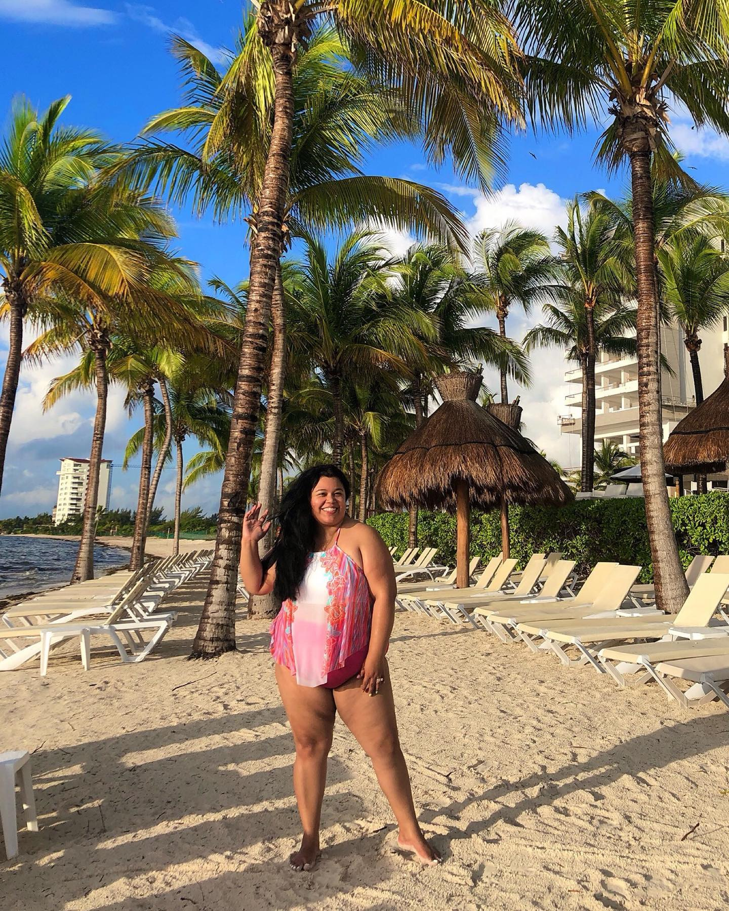 ea19f546a8e4a #AD Happy Sunday everyone andGreetings for Cancun! I'm having so much fun