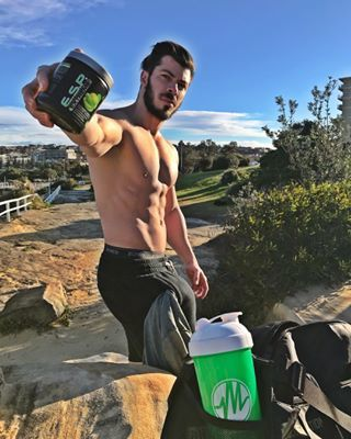 """Nothing like E.S.P. Extreme nowadays, definitely the best Pre-Workout that I tried on the last few years‼️‼️ - Make you have so many extra reps in the end , that a few hours later you already """"regretted"""" hahaha 🚑🚑🚑"""